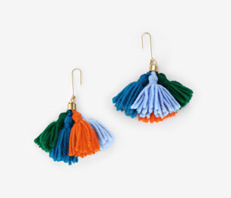 [Monday Edition] Wool Tassel Earrings (20%off)