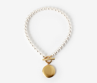 [Monday Edition] Big Loket Pearl Necklace