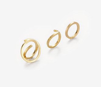 [Monday Edition] Square Wire Ring Set