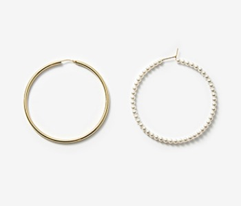 [Monday Edition] Pearl Hoop Earrings (10%off)