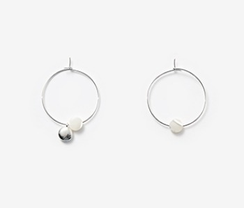 [usual ME] Tiny Pebble & Seashell Earrings