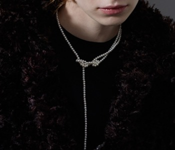 The Knotted Pearl Necklace (15% off) (2주예약배송)