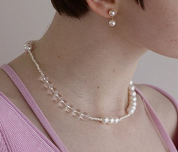 The pearl and crystal necklace (10%off) - 제작기간 2주